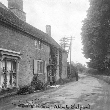 Memories of Abbot's Salford