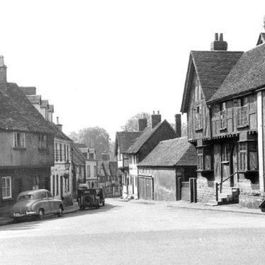 Warwick.  Mill Street