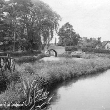 Lapworth.  Canal Basin
