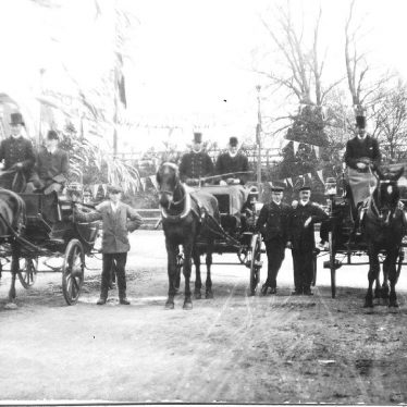 Stratford Upon Avon.  Railway Station, carriages
