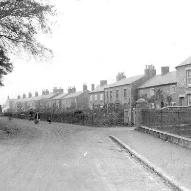 Wolston.  Avon Terrace