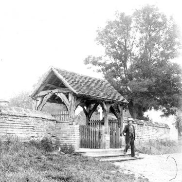 Welford on Avon.  St Peter's Church