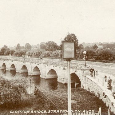 Stratford upon Avon.  Clopton Bridge