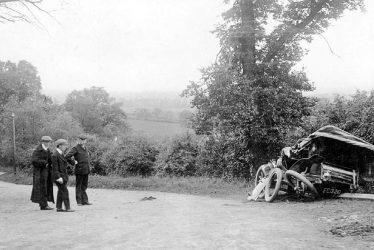 Warwickshire's First Female Car-accident Victim, 1899