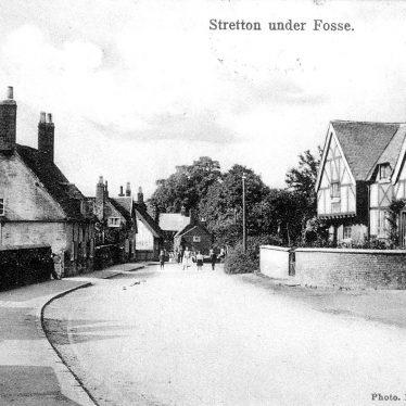 Stretton under Fosse.  Village street