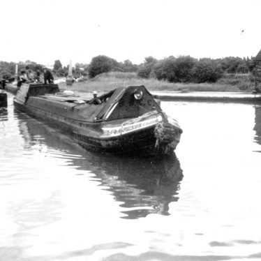 "Warwick.  Monkey boat ""Avocet"" on Grand Union canal"