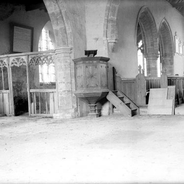 Wolfhampcote.  Church interior