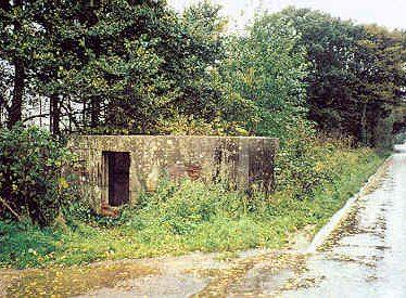 Pillbox, Lawford Heath Lane
