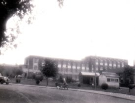 The front office block of British Thomson-Houston from Brownsover Road, 1950s. | Image courtesy of Godfrey Holter