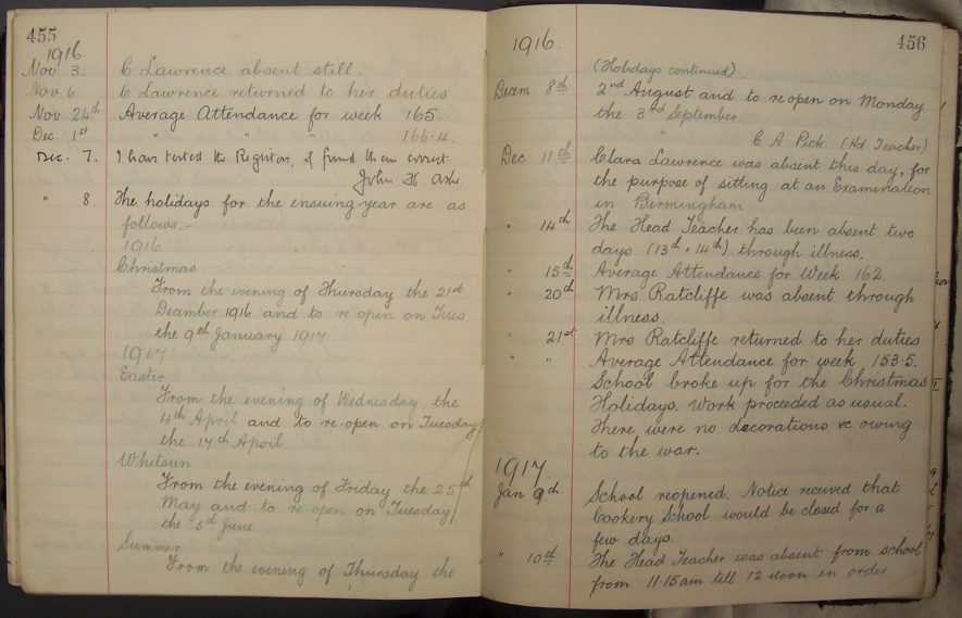 Log Book for St. Paul's Church of England Primary School, Stockingford 1892-1921. | Warwickshire County Record Office reference CR4466/1.
