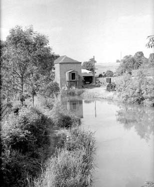 View from the canal bridge near Brinklow railway station. 1961. | Warwickshire County Record Office reference  PH(N) 882/1037