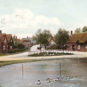 The pond and Old Hall from a 1906 postcard. | Image courtesy of the Clifton Upon Dunsmore Local History Group