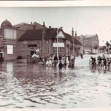 Flood in Bond Gate, showing the old Hippodrome Theatre. | Nuneaton Memories