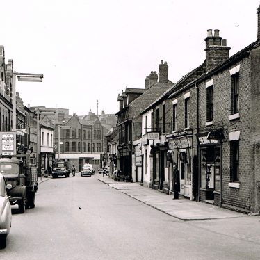 Church Street, Nuneaton in the 1950s. | Photograph courtesy of Keith Draper.