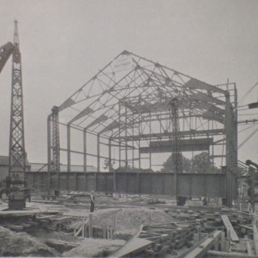 The Plaza being built, 31st August 1932. | Warwickshire County Record Office reference CR2599/21