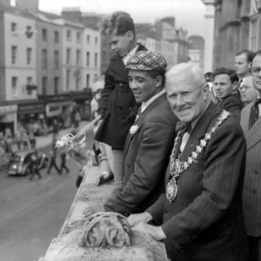 Randolph Turpin and the Mayor on the Town Hall balcony, Leamington Spa. 1951.   Warwickshire County Record Office Reference PH(N) 600/291/11.