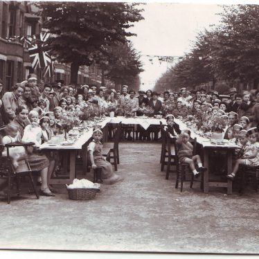Photo of VE Day in Nuneaton