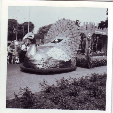 Photos of the Nuneaton Carnival, 1966