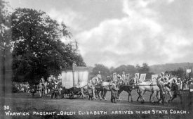 'Queen Elizabeth arrives'. | Warwickshire County Record Office reference CR 2409/8/9.