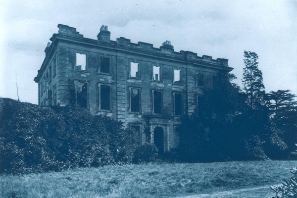 Baginton Hall. | Photo reproduced by permission of https://www.baginton-village.org.uk/