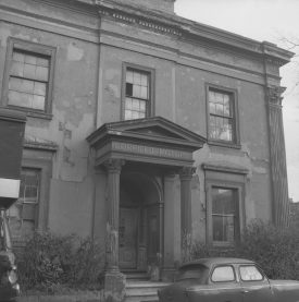 Warneford House Taken from Forfield Place, c. 1967. | Warwickshire County Record Office reference PH(N) 449/266.