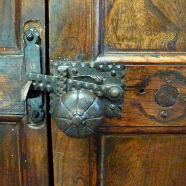 Door knob. | Picture by Robert Pitt