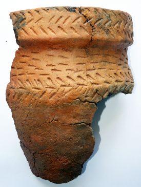 Kenilworth Burial Urn. | Image courtesy of Archaeology Warwickshire.