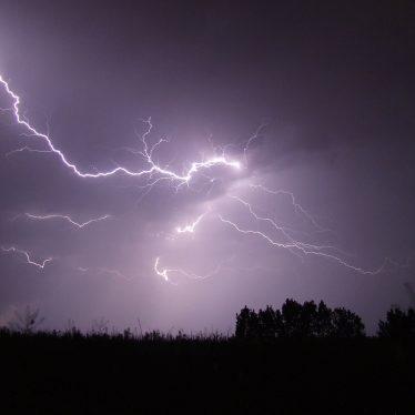 Thunder and Lightning, 1905