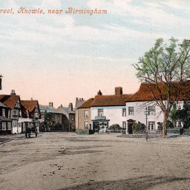 The Square looking south, early 20th cent. | From Knowle Local History Society Image Library