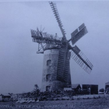 Tuttle Hill Windmill, Caldecote
