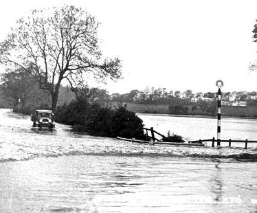 Floods in Rugby 1932