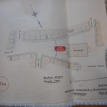 New public convenience marked in red and outline of Market Hall and adjacent buildings. | Warwickshire County Record Office reference CR 2487 Box 86, plan 1256.