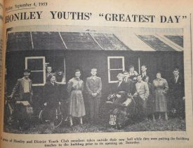 Photo of hut with group of young people with bicycles and a motorbike. | 'Warwick and Warwickshire Advertiser', 4th September 1953. Warwickshire County Record Office.
