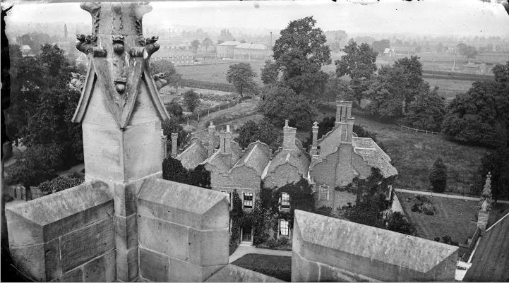 20th century view from St Nicholas' Church, Nuneaton, over the last surviving building from the original King Edward VI's Grammar School. Is this something akin to the sight the vicar saw, as he shouted encouragement to the schoolboys to rebel against their master in 1665? | Warwickshire County Record Office, PH(N) 759/63