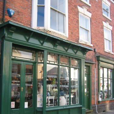 Suits You, Sir: Some Years in the History of 47 Long Street, Atherstone