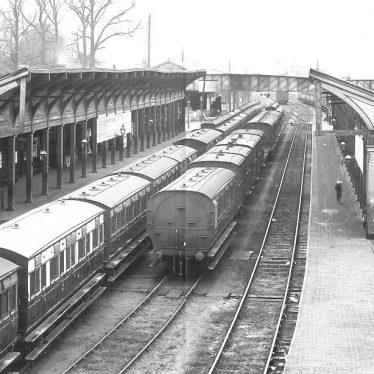 Leamington Station circa 1900 | Image courtesy of warwickshirerailways.com