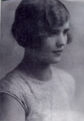 Picture of Gladys Ingram, by George Redding. Taken in the late 1920s or early 1930s. | Picture courtesy of J. Ingram
