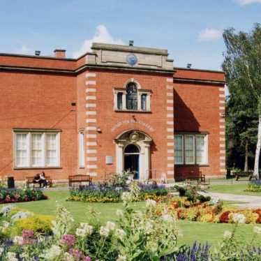 Nuneaton Museum and Art Gallery | Image courtesy of Nuneaton Museum and Art Gallery