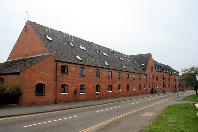 Former Flower & Sons Brewery, Clopton Road The brewery dates from 1831 and closed in 1967, following a takeover by Whitbread. |  © Copyright Graham Hoggand licensed for reuse under the Creative Commons Attribution-Share Alike 2.0 Generic Licence. Originally uploaded to www.geograph.org.uk