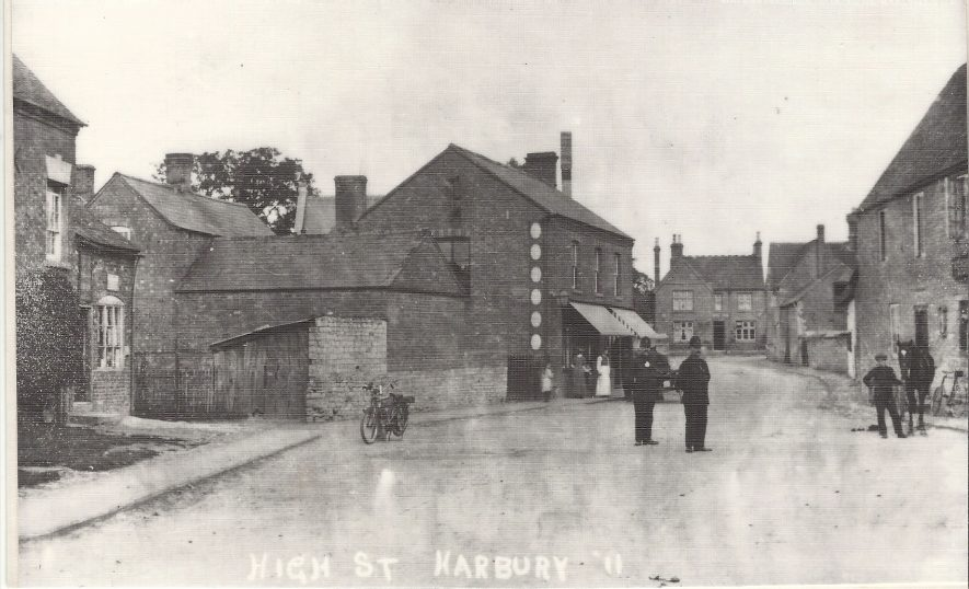 High Street, Harbury, about 1910 | Image courtesy of Harbury Heritage