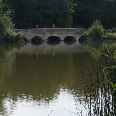 Bridge 200m S of Compton Verney House