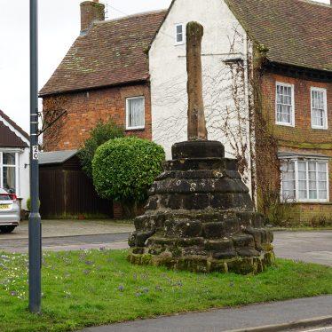 Hillmorton Cross, High Street