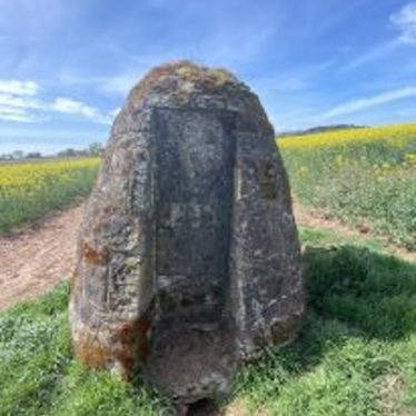 Panoramic view of Duke of Suffolk's monument in situ | Image courtesy of Lisa Davison