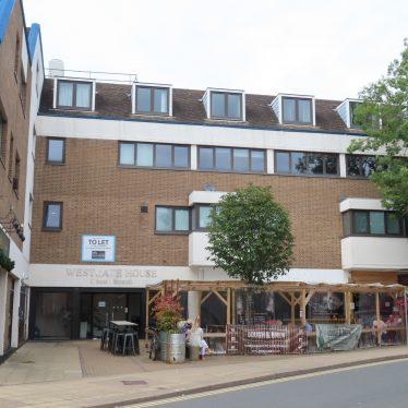 Site of White Swan Inn, Brook Street, Warwick
