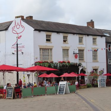 Rose and Crown public house, the Holloway, Warwick