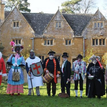 Mummers at Ilmington Manor House, 2019. | Image courtesy of Martin Taylor