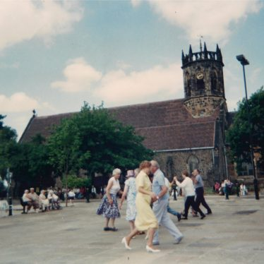 Market Square, Atherstone, 1990s | Photo courtesy of Friends of Atherstone Heritage