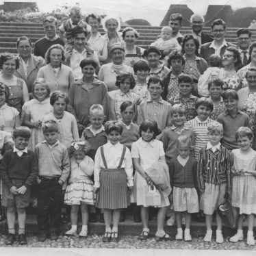 Salvation Army Sunday School trip to Trentham Gardens, 1961   Photo courtesy of Friends of Atherstone Heritage