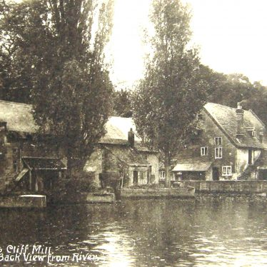 Row of buildings and out-buildings beside the river | Post-card W.A. Lenton, Leamington, date unknown. Image supplied by Anne Langley