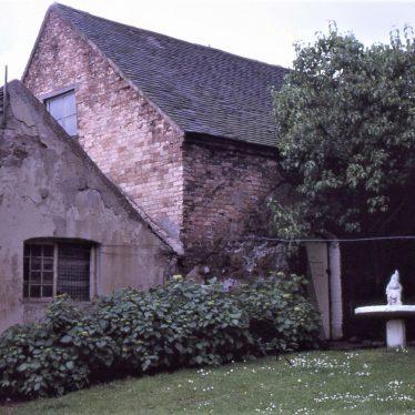 Rear wall of Arbury Mill, July 1971   Tim Booth